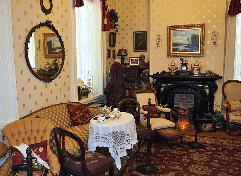Period room in the Casa Grande