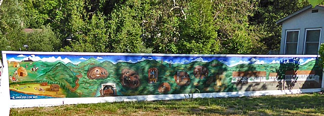 Mural on wall on Almaden Road
